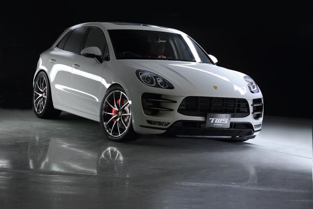 EX-fP SUV GB/C x Porsche Macan